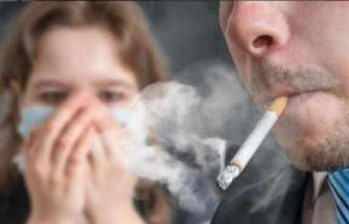 التدخين غير المباشر يسبب السكري وأمراض الكبد والرئة