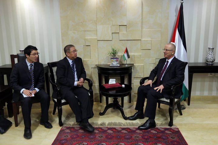 رئيس الوزراء يثمّن  الدعم الصيني لإقامة العديد من المشاريع في فلسطين