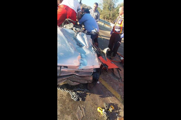 إصابة ثلاثة مواطنين بحادث سير في نابلس