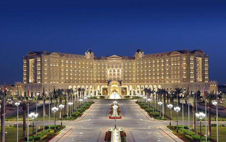السعودية: اخلاء فندق لتحويله مقراً لإحتجاز الأمراء