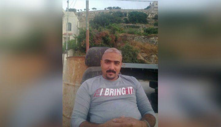 الاحتلال يحكم على الأسير الجريح أحمد أبو منشار بالسجن 32 شهراً
