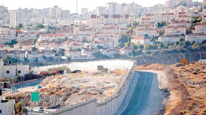 اسرائيل تقرُ موازنة بـ800 مليون شيكل لشق شوارع بالضفة