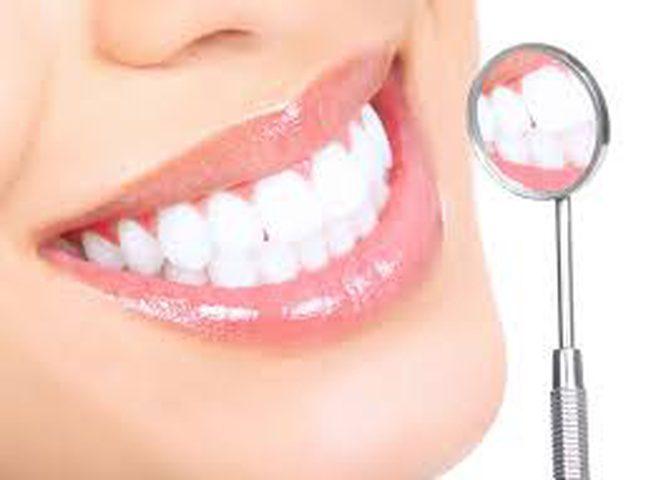 نصائح مهمة للحفاظ على صحة وبياض الأسنان