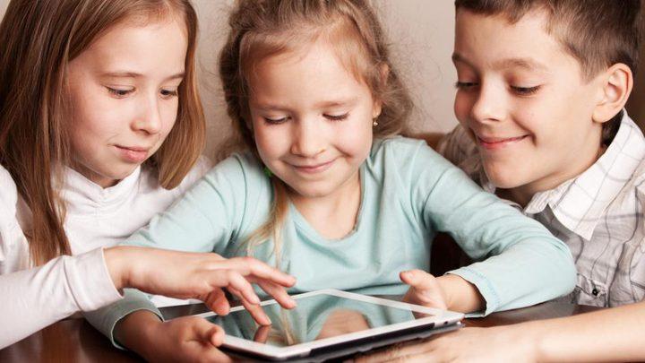 لتحسين نوم أطفالك أبعدي الأجهزة الذكية عنهم