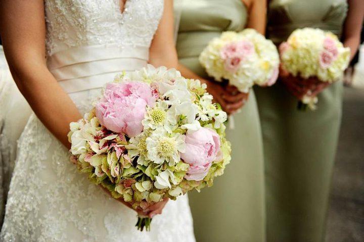 بالتفاصيل..عروس تقاضي عريسها لغيابه عن حفل الزفاف
