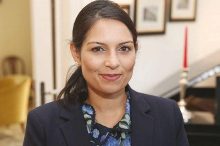 استقالة وزيرة بريطانية بسبب لقاءاتها مع الاسرائيليين