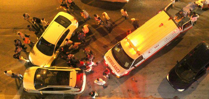 إصابة أربعة مواطنين بحادث سير في نابلس
