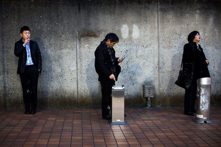 شركة يابانية تعوض موظفيها غير المدخنين