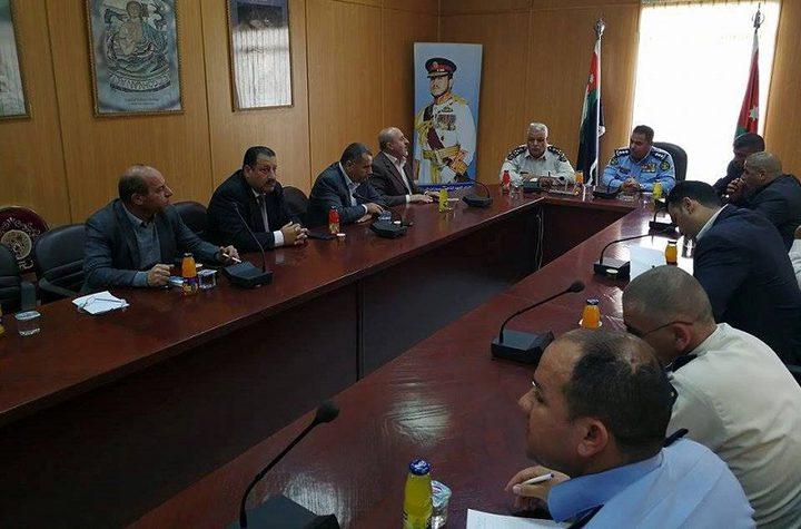 اجتماع فلسطيني أردني لبحث ترتيبات سفر الحجاج والمعتمرين