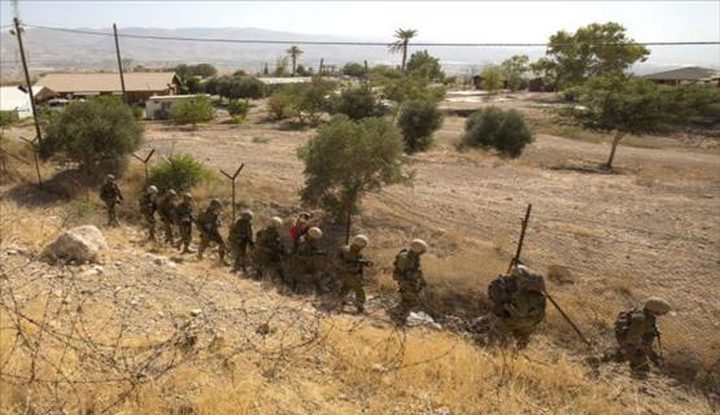 الاحتلال يخطر 50 عائلة بإخلاء مسكانها في الأغوار