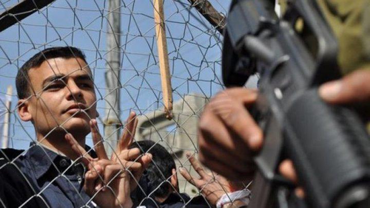 جنين: الاحتلال يحرم عائلة من زيارة نجليها