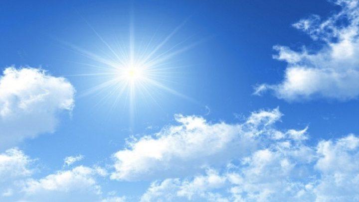 الطقس غائم.. الحرارة إلى ارتفاعات متتالية