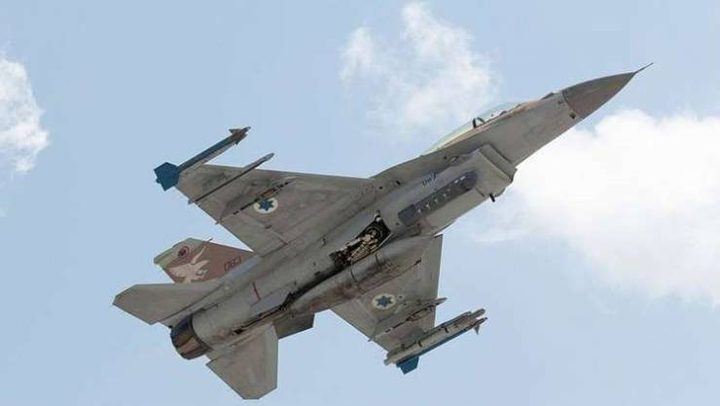 إسرائيل: سنواصل ضرب سوريا