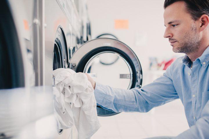 هل يجب غسل الملابس الجديدة قبل ارتدائها