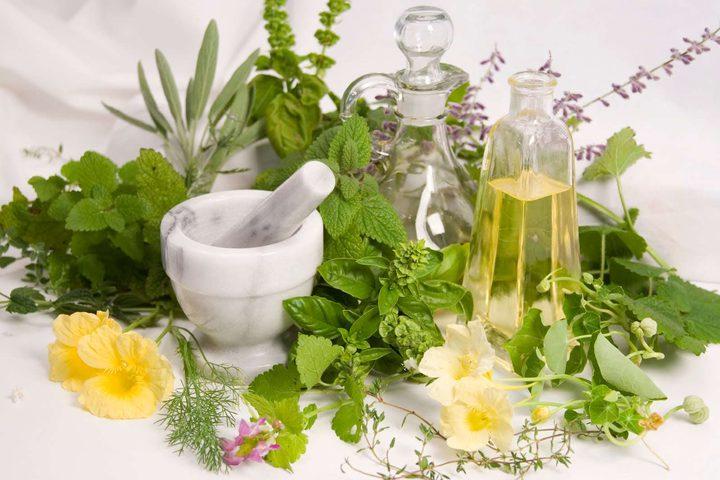 أعشاب طبيعيّة تساعدك في علاج الاكتئاب