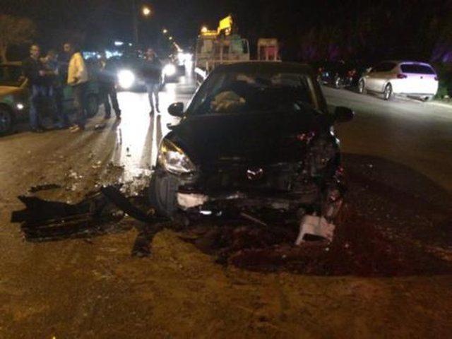 إصابة مواطنين بحادث سير في نابلس