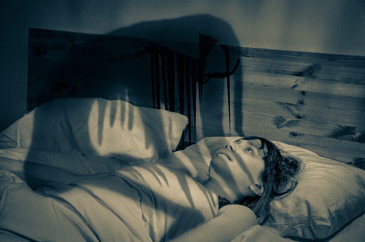"""سبب شلل النوم """"الجاثوم"""""""