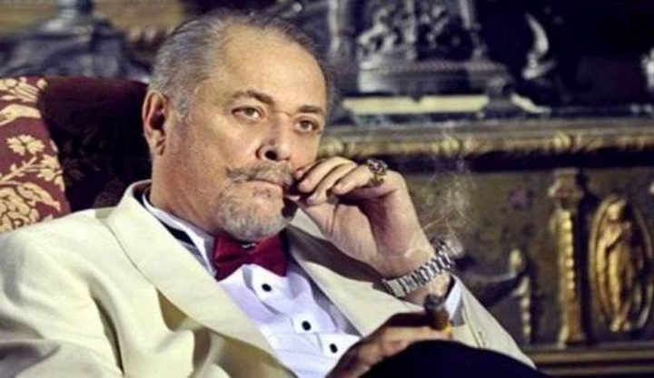 في ذكرى وفاة محمود عبد العزيز.. الجمهور يتداول صور قبره!
