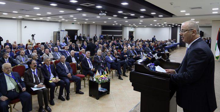 الحمد الله: مهندسونا قادرون على تنمية فلسطين