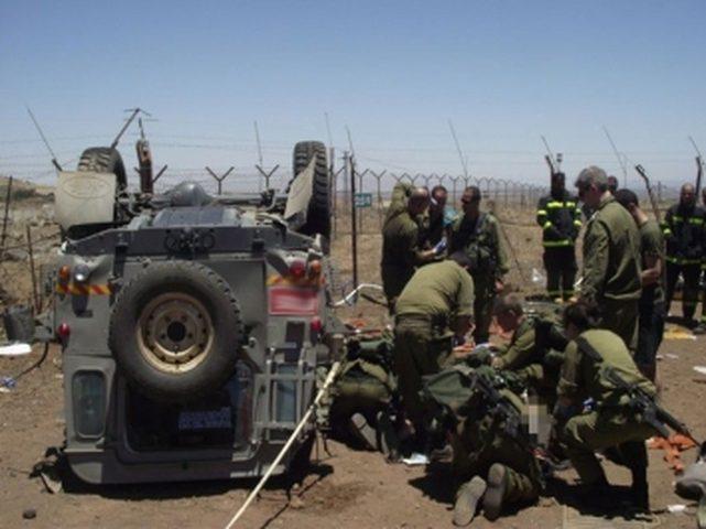 إصابة جنديين جراء انقلاب جيب عسكري