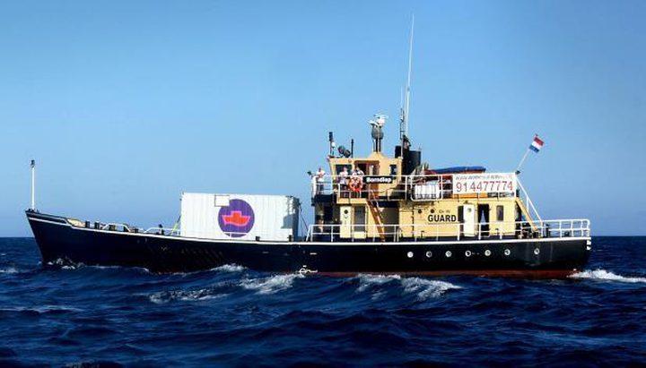 قصة القارب الذي ينقل نساء إلى عرض البحر لإجهاضهنّ