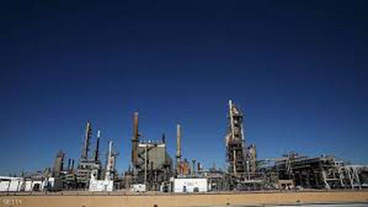 ارتفاع أسعار النفط بنحو اثنين بالمئة