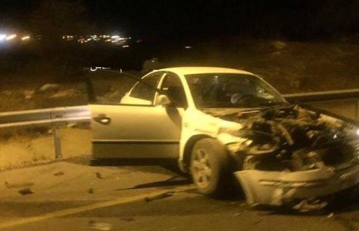 إصابة خمسة مواطنين بحادث سير مروع في نابلس