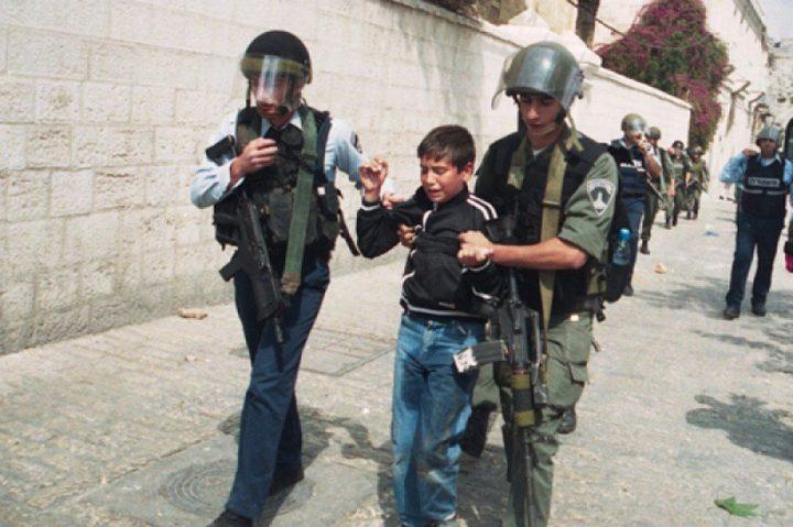 بينهم طفل..اعتقال ستة مواطنين بالضفة