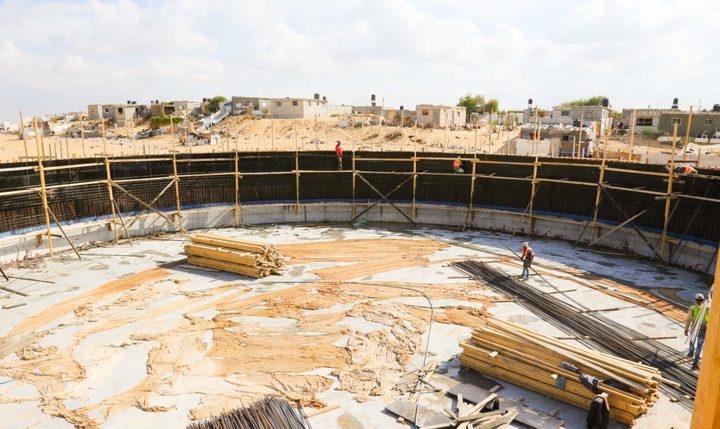 """بلدية خان يونس ومصلحة المياه تشرعان بإنشاء خزان مياه """"الأمل"""" غرب المدينة"""