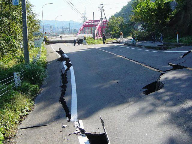 الزلازل تتربص بكالفورنيا !