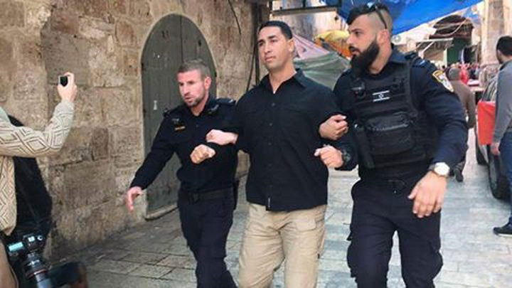 الاحتلال يستدعي حارساً في الأقصى للتحقيق