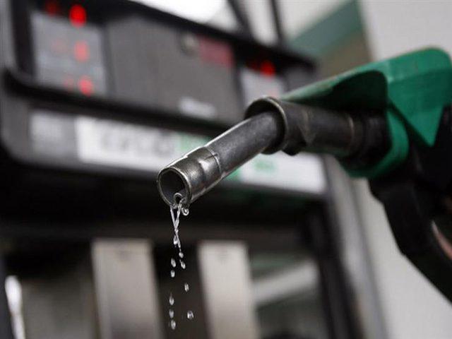 الجزائر ترفع أسعار الوقود وتزيد الضريبة