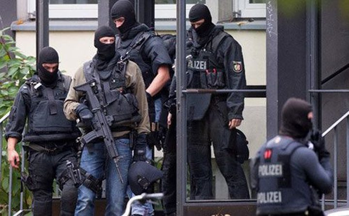 سجن فتاة دنماركية خططت لتفجير مدرستين