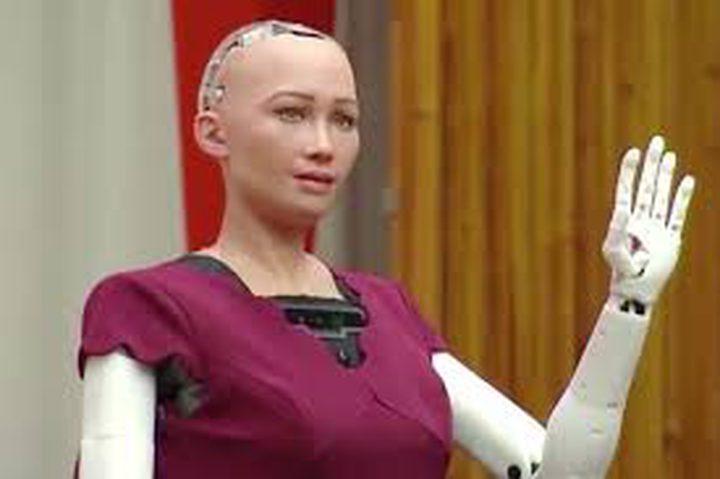 مخترع الروبوت صوفيا: في المستقبل قد تكون الروبوتات حية