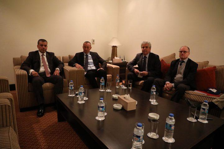 ميلادينوف: مصر تبذل جهودا من أجل تمكين حكومة التوافق في غزة