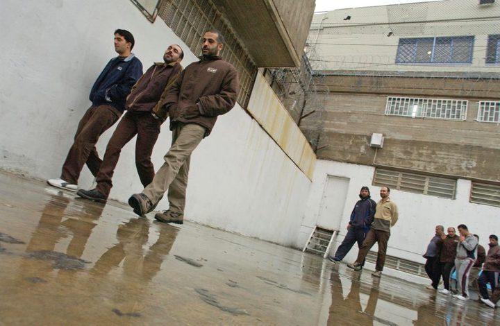 الأسير فايز الخور يدخل عامًا جديدًا داخل سجون الاحتلال