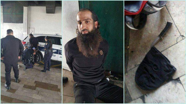 """الاحتلال يعتقل فلسطينيين بزعم حيازتهما سكاكين في """"تل ابيب"""""""