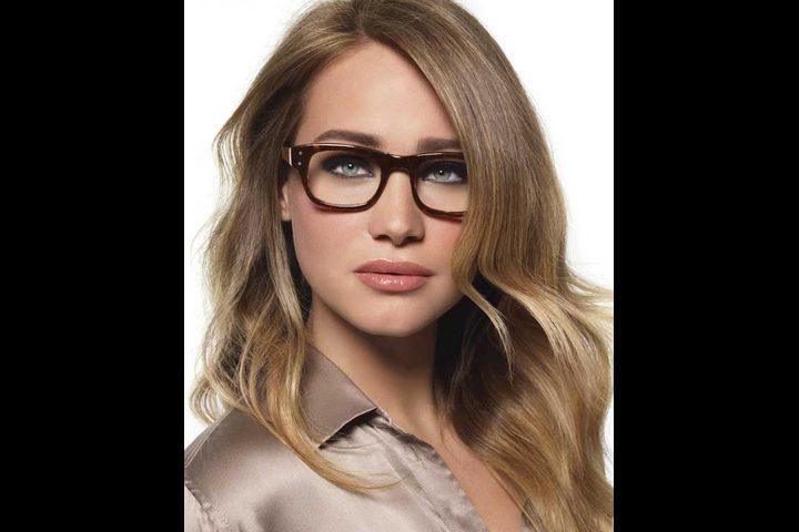 b55f35af9 نصائح مهمه عند وضع المكياج مع النظارات الطبية