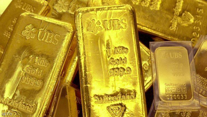الذهب يهبط وأسواق الأسهم العالمية قرب مستويات قياسية