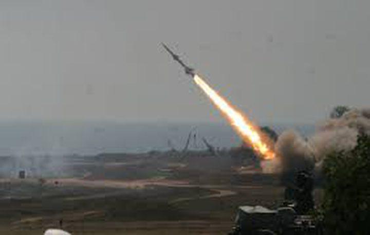 الحوثيون يطلقون صاروخاً باليستياً على السعودية