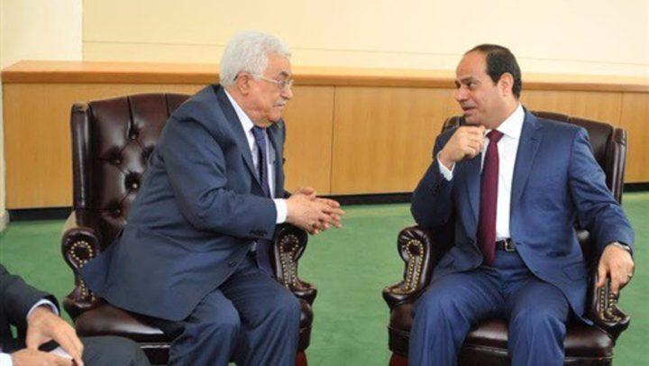 السيسي يؤكد للرئيس عباس حرص مصر الدائم على التوصل لحل يضمن حق الفلسطينيين