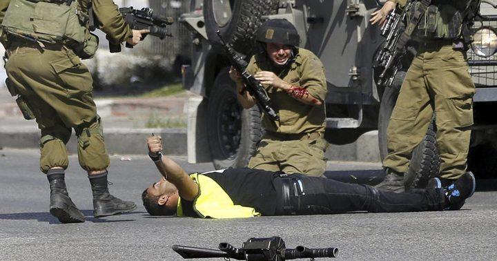 الشاباك يعتقل فلسطينيين بزعم علاقتهم بقتل جندي