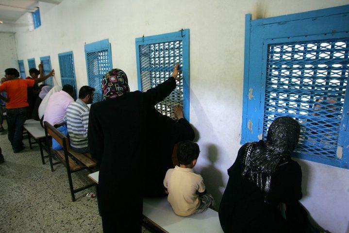 """""""بوستر"""" عن زيارة السجون يفوز بجائزة الصليب الأحمر"""