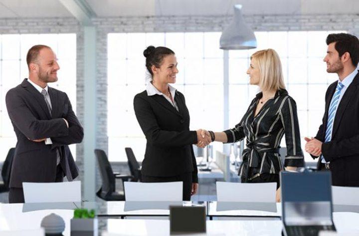 ماذا يجب أن ترتدي للذهاب إلى مقابلة عمل؟