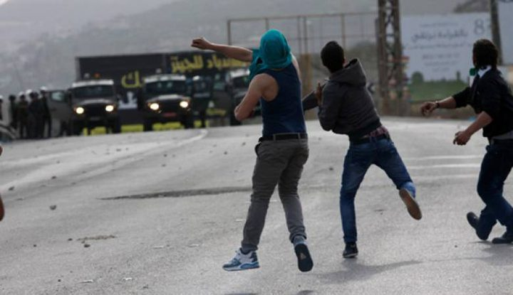 اندلاع مواجهات على حاجز حوارة جنوب نابلس