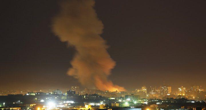 سلسلة غارات اسرائيلية تستهدف قطاع غزة فجرًا