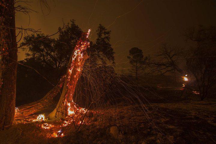 كاليفورنيا: الحرائق مستمرة... آلاف المساكن ما زالت مهدّدة