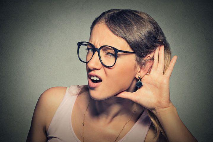 لماذا عليك أن تعتمد على الأذن اليمنى أكثر؟