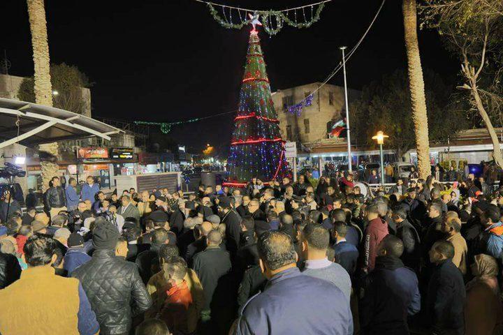 اضاءة شجرة الميلاد في اريحا