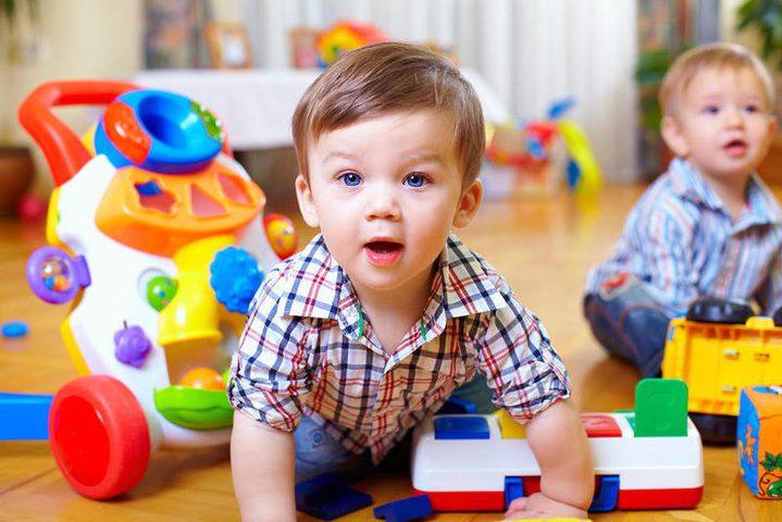 ما يفضله الطفل من اللعب حسب العمر